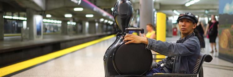 a-cello-in-the-subway-750x250